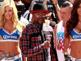 Floyd Mayweather Jr Enters Las Vegas in style